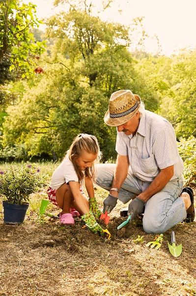 attrezzi da giardino per bambini