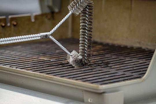 manutenzione e pulizia del barbecue